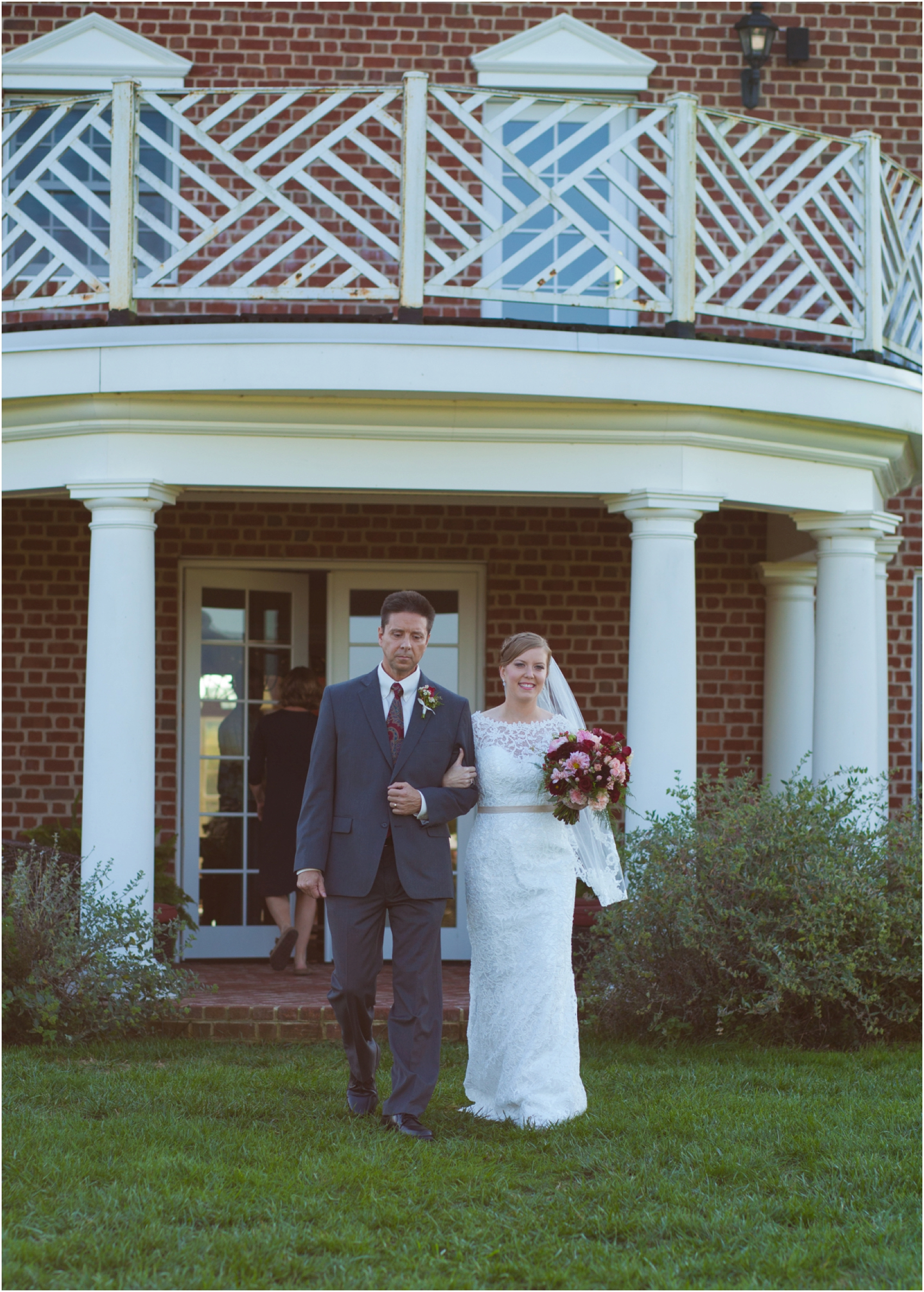 Columns-at-Six-Penny-Farm-Virginia-Fall-Wedding-8592.jpg
