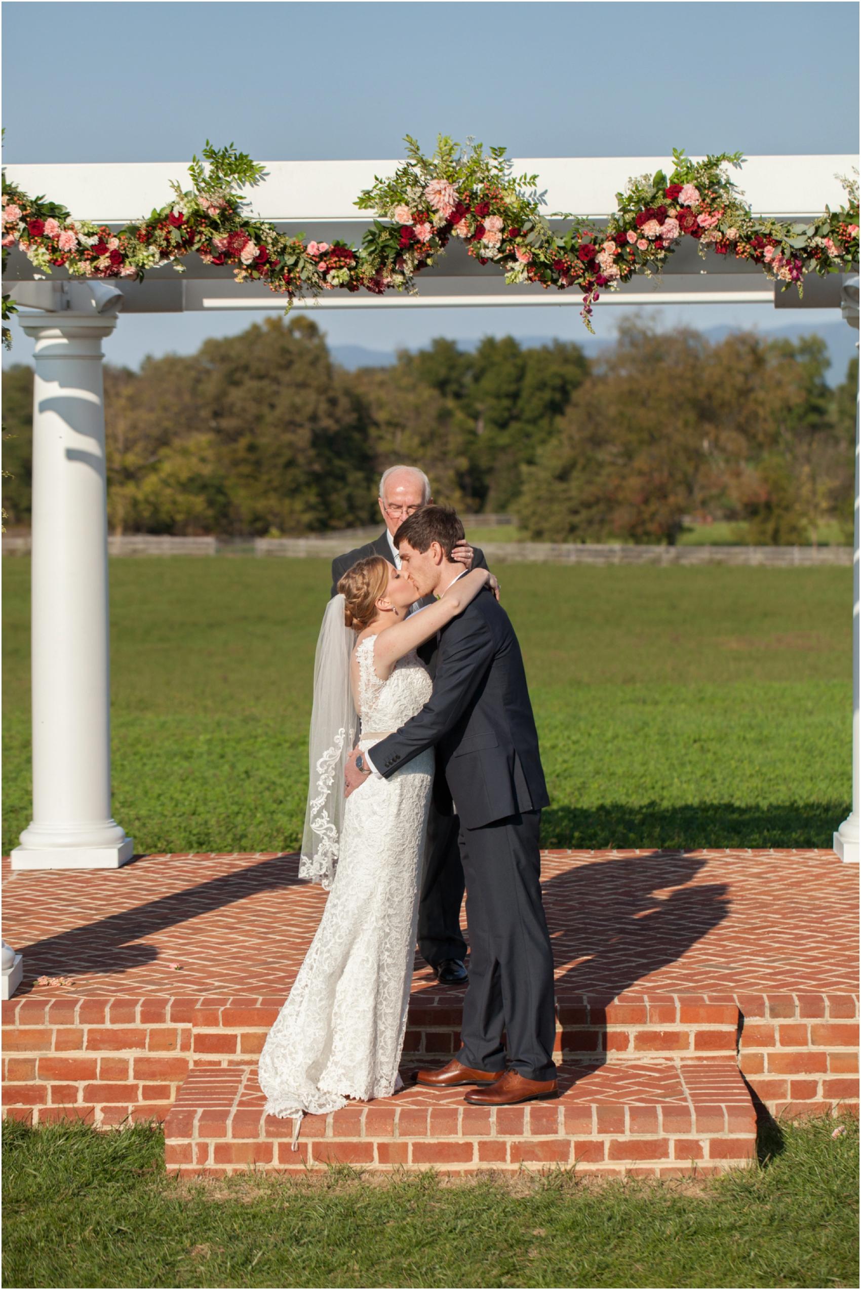 Columns-at-Six-Penny-Farm-Virginia-Fall-Wedding-8662.jpg