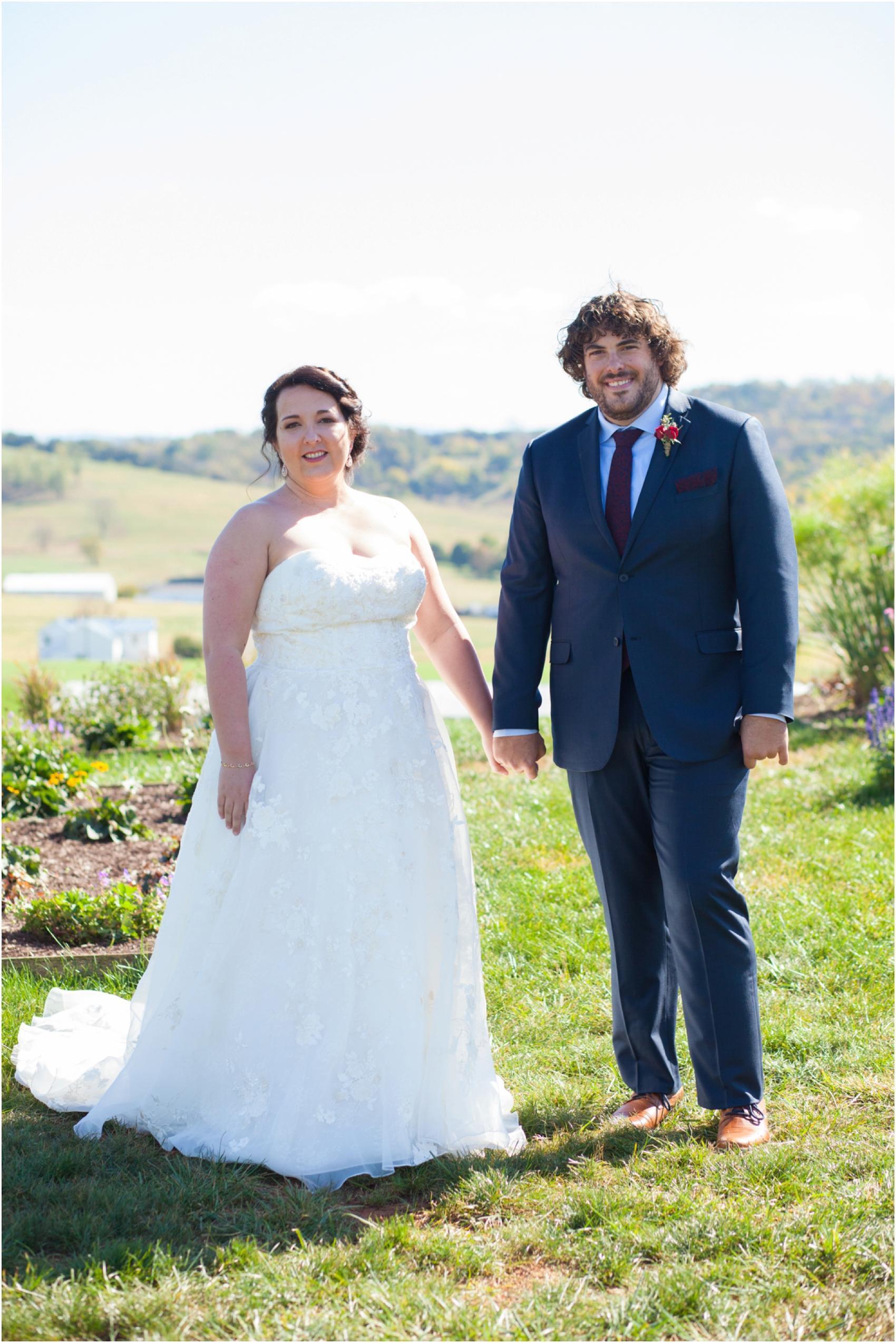 On-Sunny-Slope-Farm-Fall-Virginia-Wedding-2033.jpg