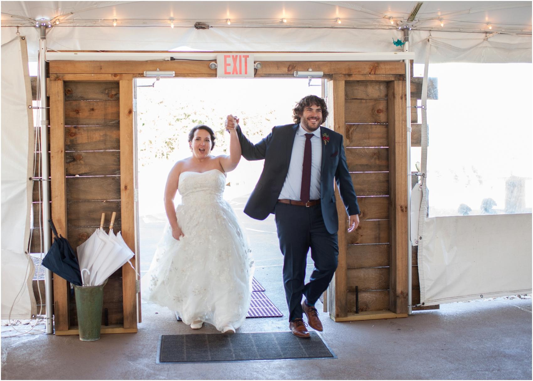 On-Sunny-Slope-Farm-Fall-Virginia-Wedding-3153.jpg