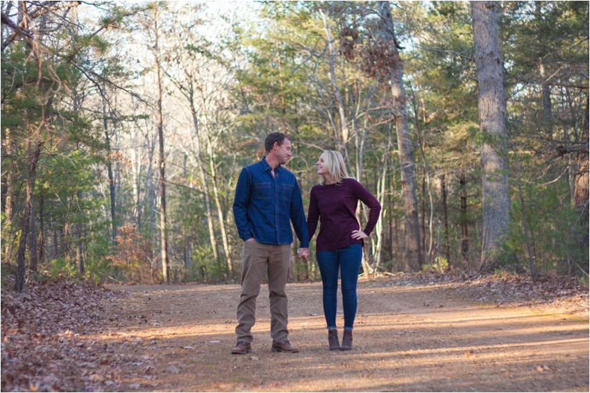 Montfair-Resort-Farm-Fall-Engagement-Session-0581.jpg