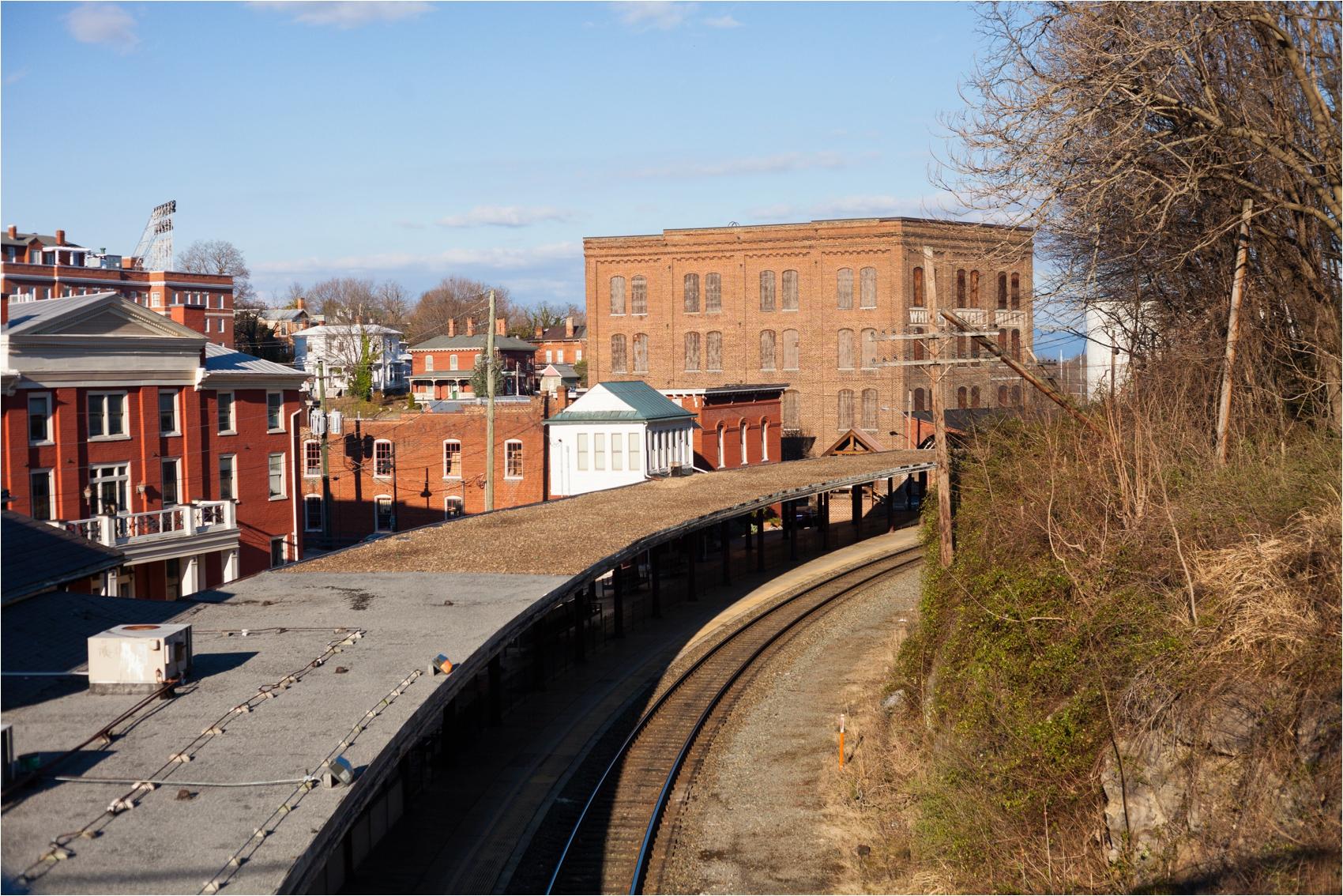 Downtown-Staunton-VA-Spring-Engagement-Session-2931.jpg
