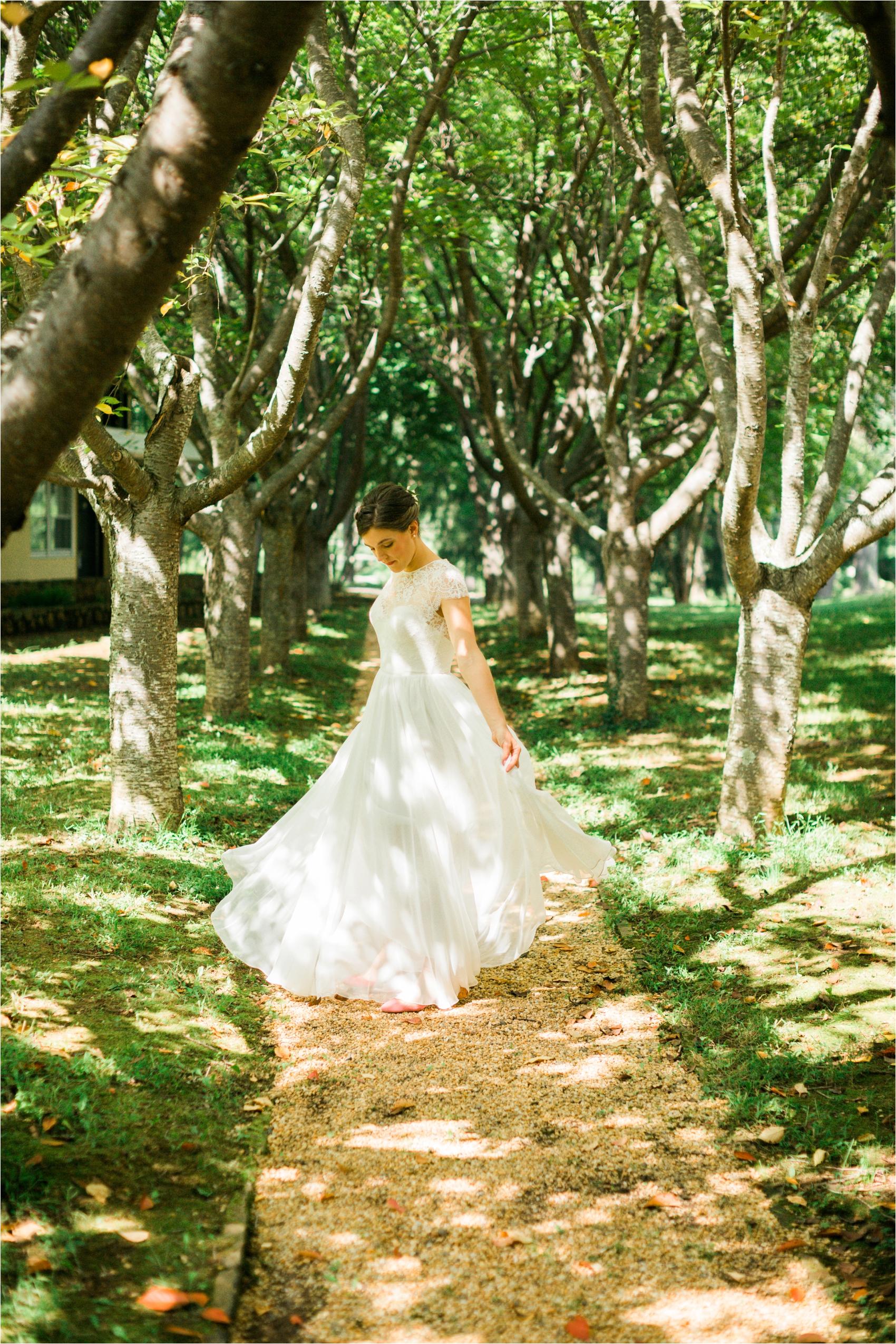 Feather-and-Oak-Rainforest-Trust-Virginia-Wedding-0202.jpg