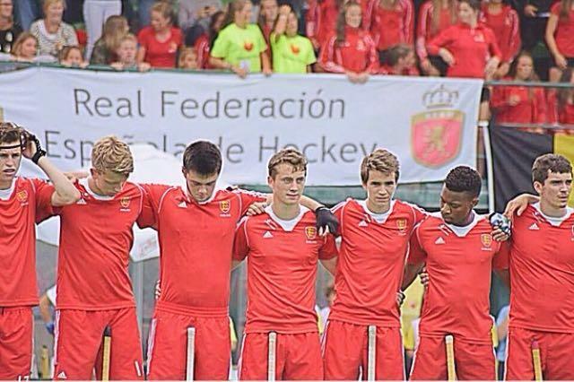 Tendo with the England team