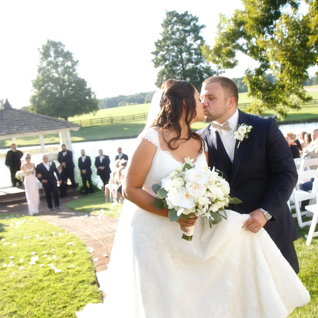 Sarah & Stephen - Early fall at the Rose Hill Plantation gave us so many beautiful things to see.