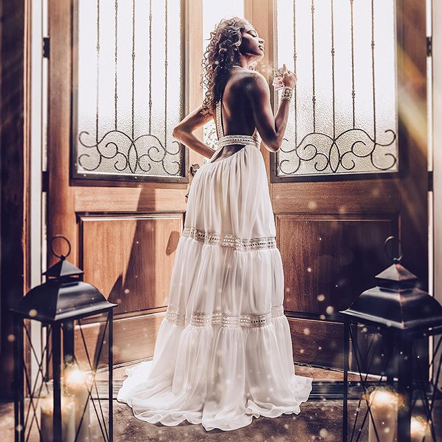 This image for @wedlookbook just came together like magic.  Would you wear a dress with a back like this one? (speaking to the ladies here)⁠ ⁠ #editorialphotography #bridalfashion #weddinginspiration #weddingdress #ncweddingphotographer #accessorytomarriage⁠ #fashion #weddingfashion #ncweddingphotographer #weddinggown #charlestonweddingphotographer #raleighweddingphotographer #weddings #accessorytomarriage