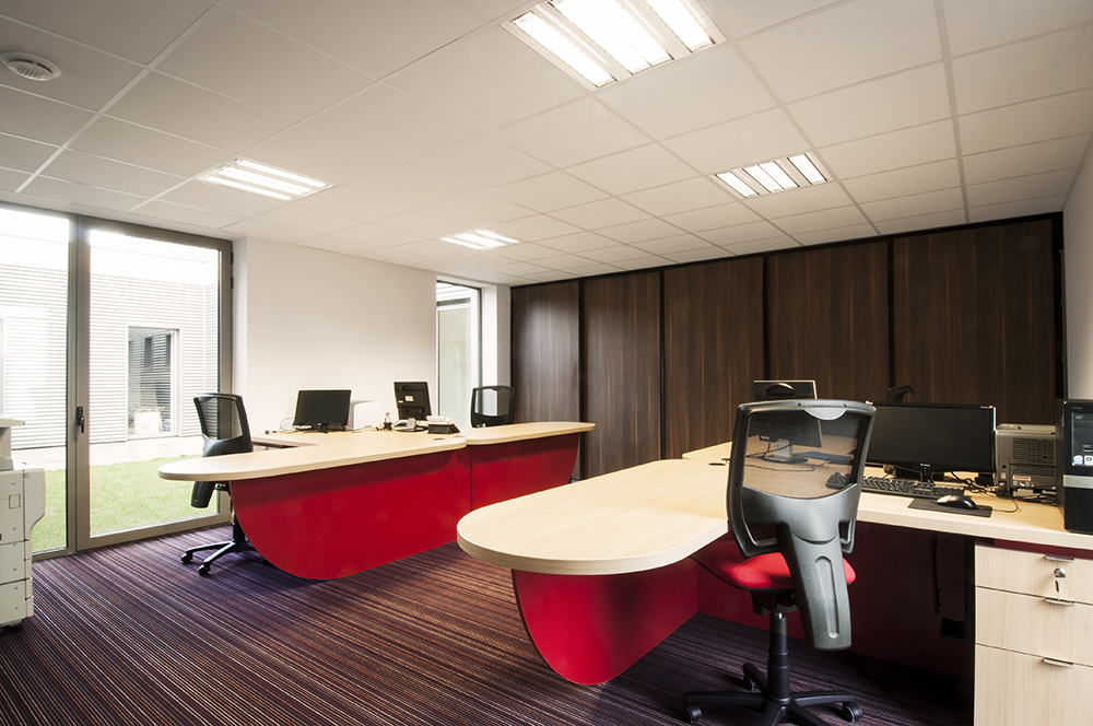 QUEVERT - Siège social d'une entreprise de nettoyage - SURFACE : 200 m2 - Maître d'ouvrage : Professionnel