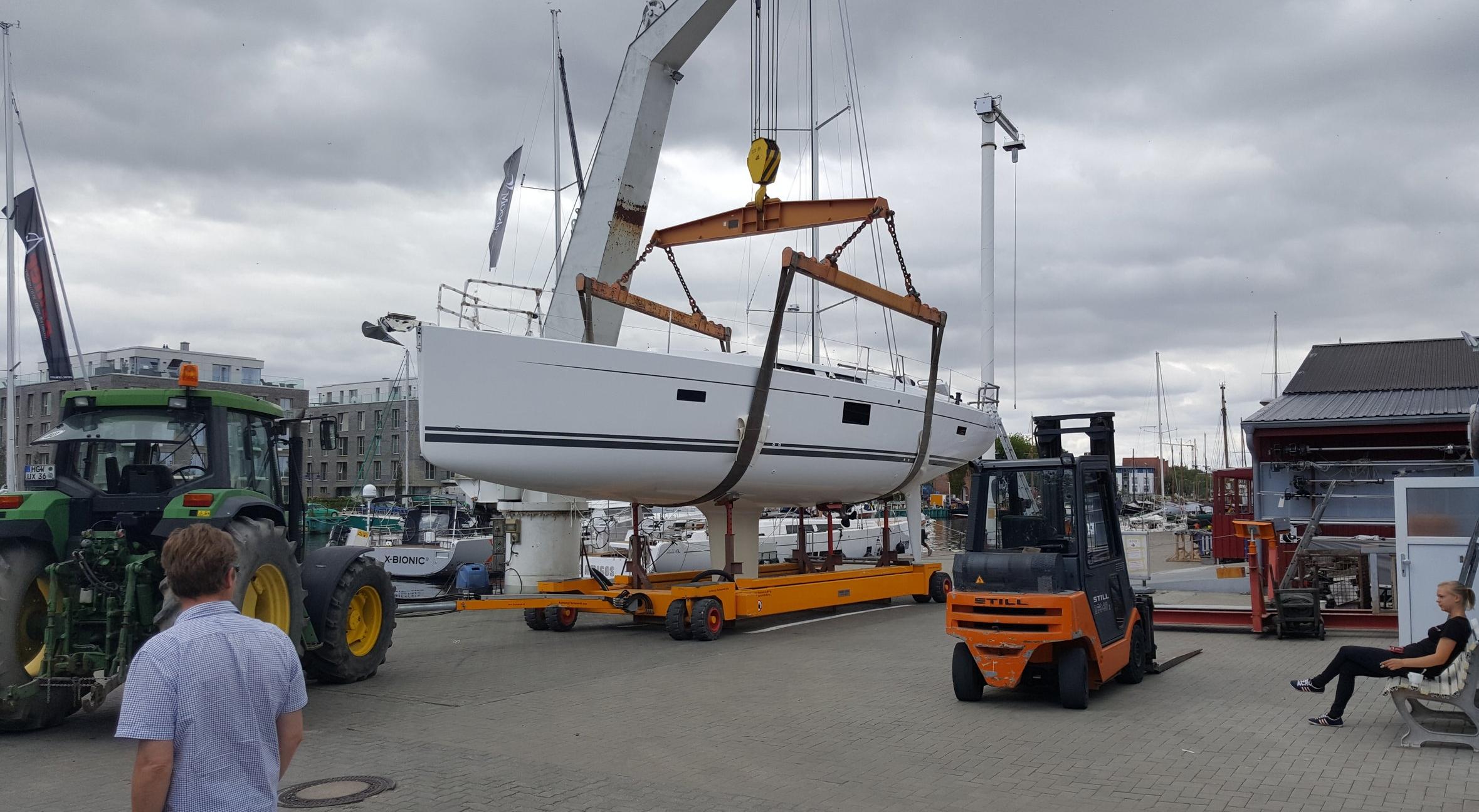 Ny Hanse 455 klar for sjøsetting og rigging