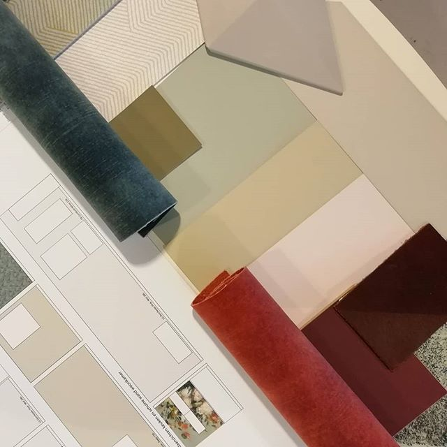 Presentation time! #colorscheme #autumncolors #interiordesign #baaskleinbloesem #littlegreene