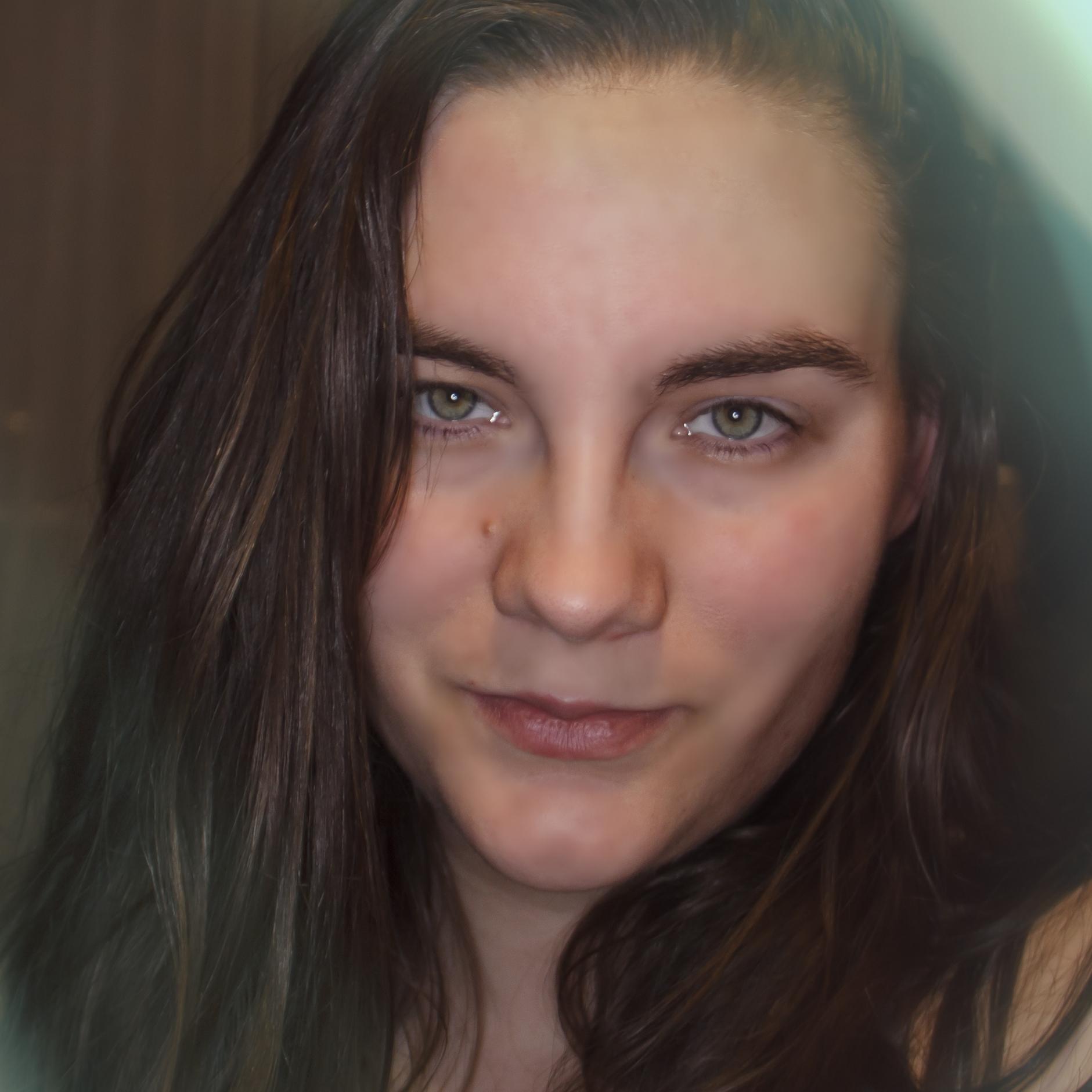 Lindsay Stevens.jpg