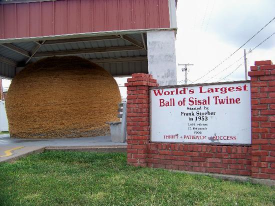 twine ball big.jpg