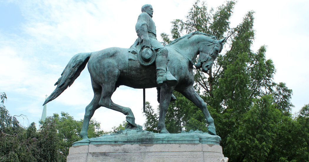 Charlottesville's Robert E. Lee statue