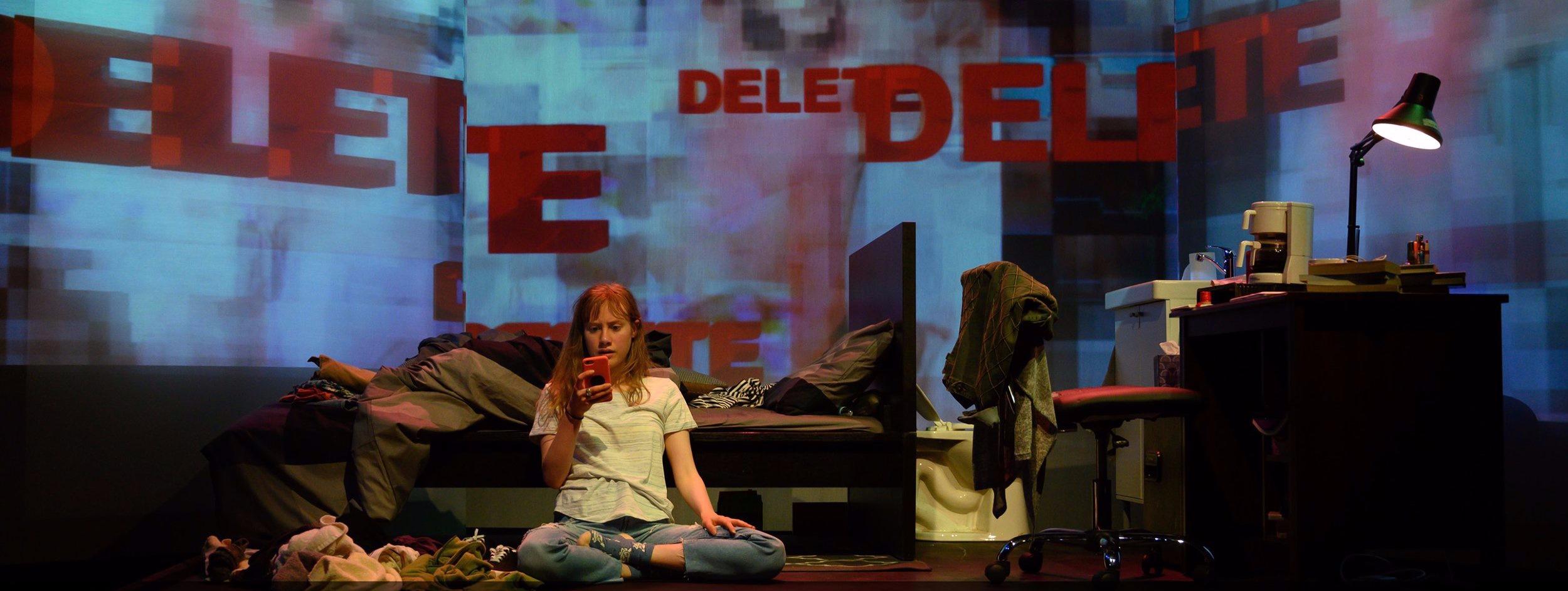 Alison in BOYCOTT ESTHER; Photo by Johanna Austin/AustinArt.org