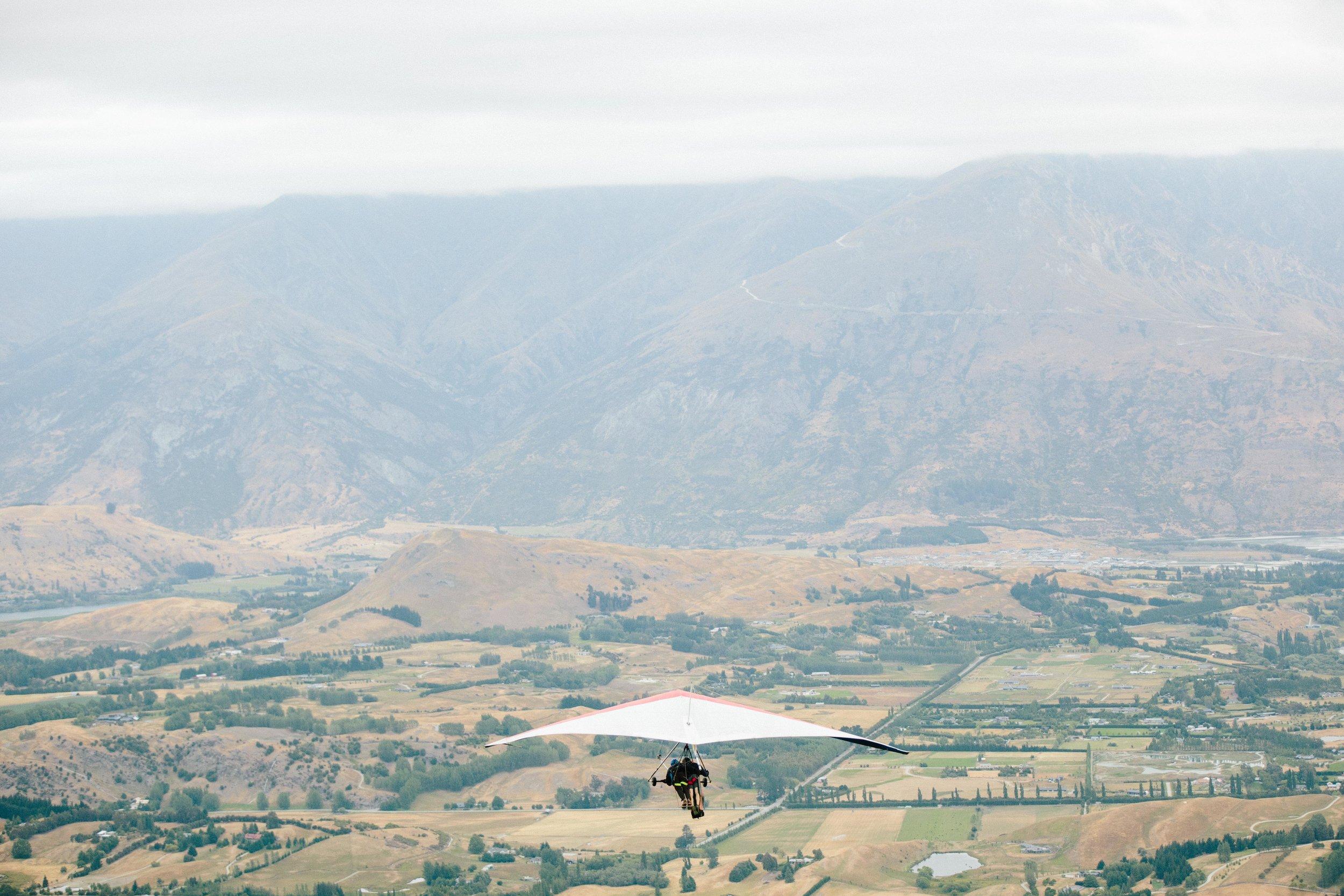 Hang-Gliding-Bride-Groom-Coronet Peak7.jpg