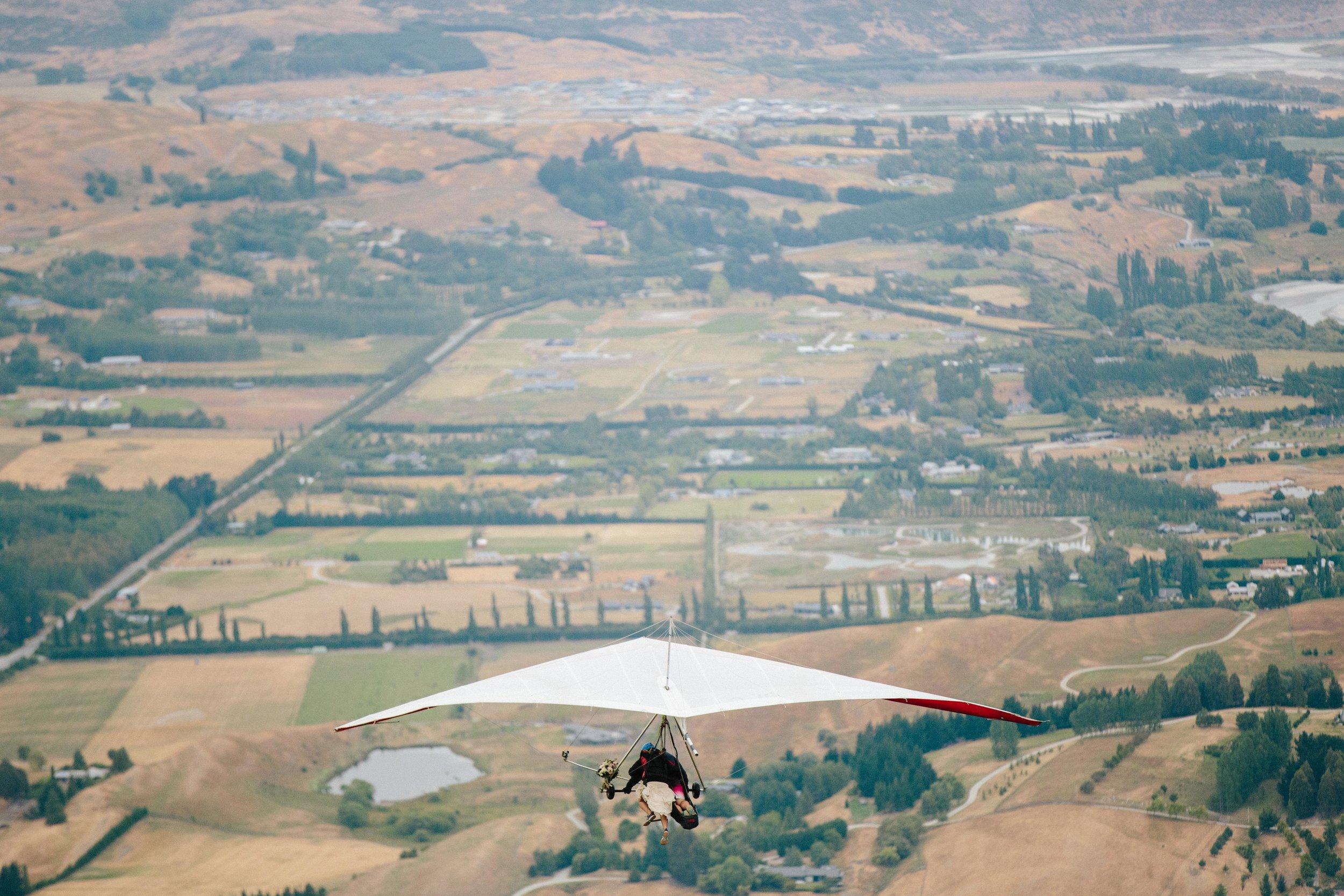 Hang-Gliding-Bride-Groom-Coronet Peak8.jpg