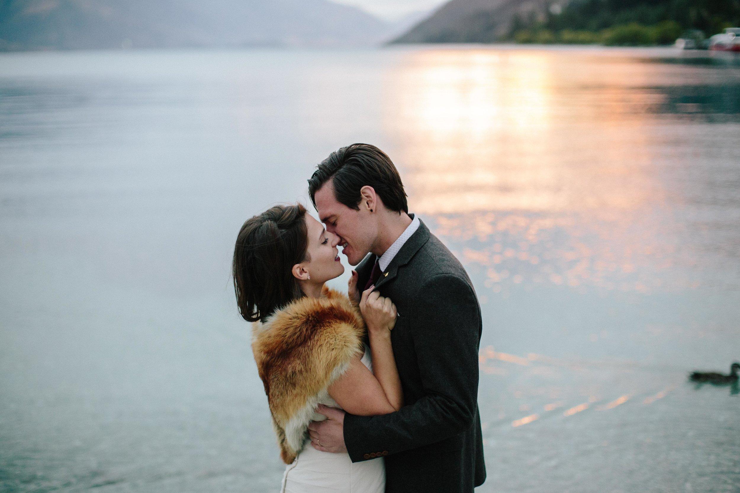 Lake Wakatipu-Sunset-Bride-Groom-Elopement_3.jpg