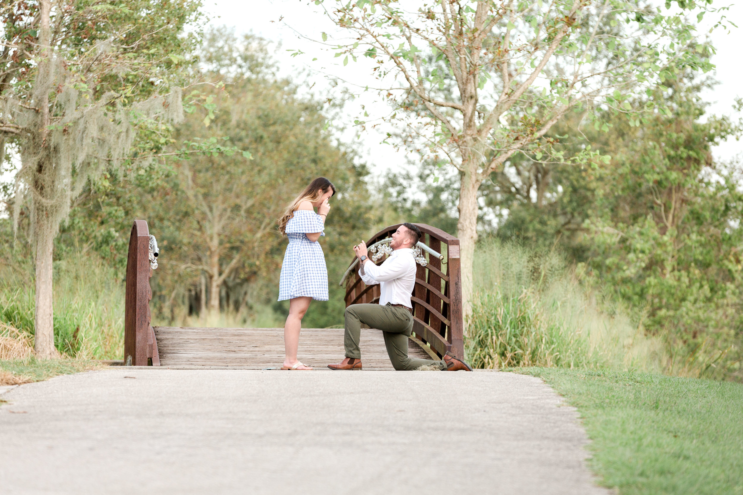 peterson-park-lakeland-engagement-photos-knee.jpg
