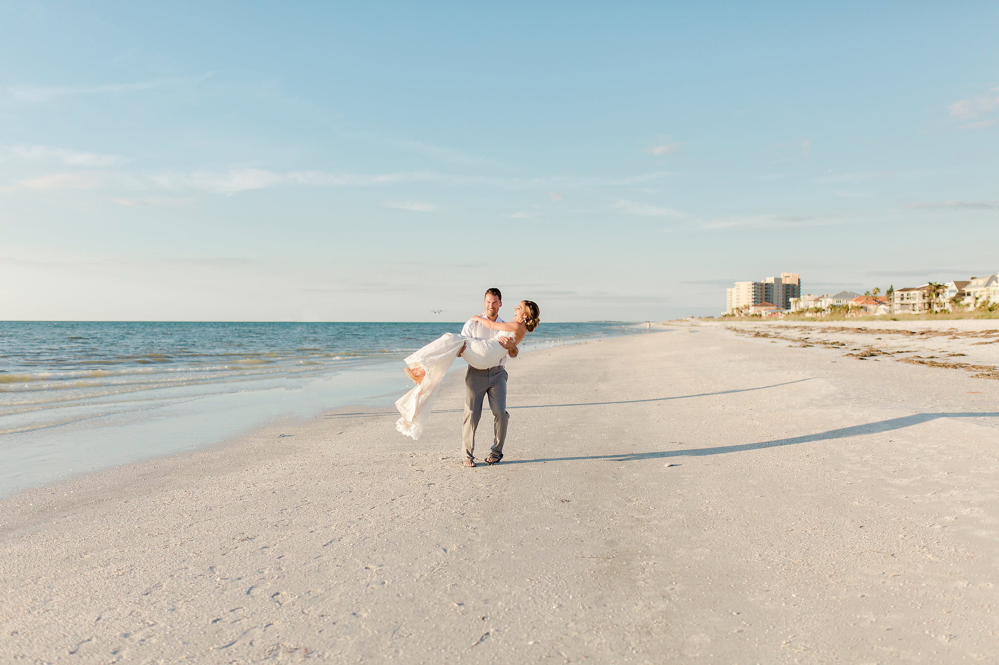 Erin-Jared-clearwater-beach-wedding-portraits-I58A5938.jpg