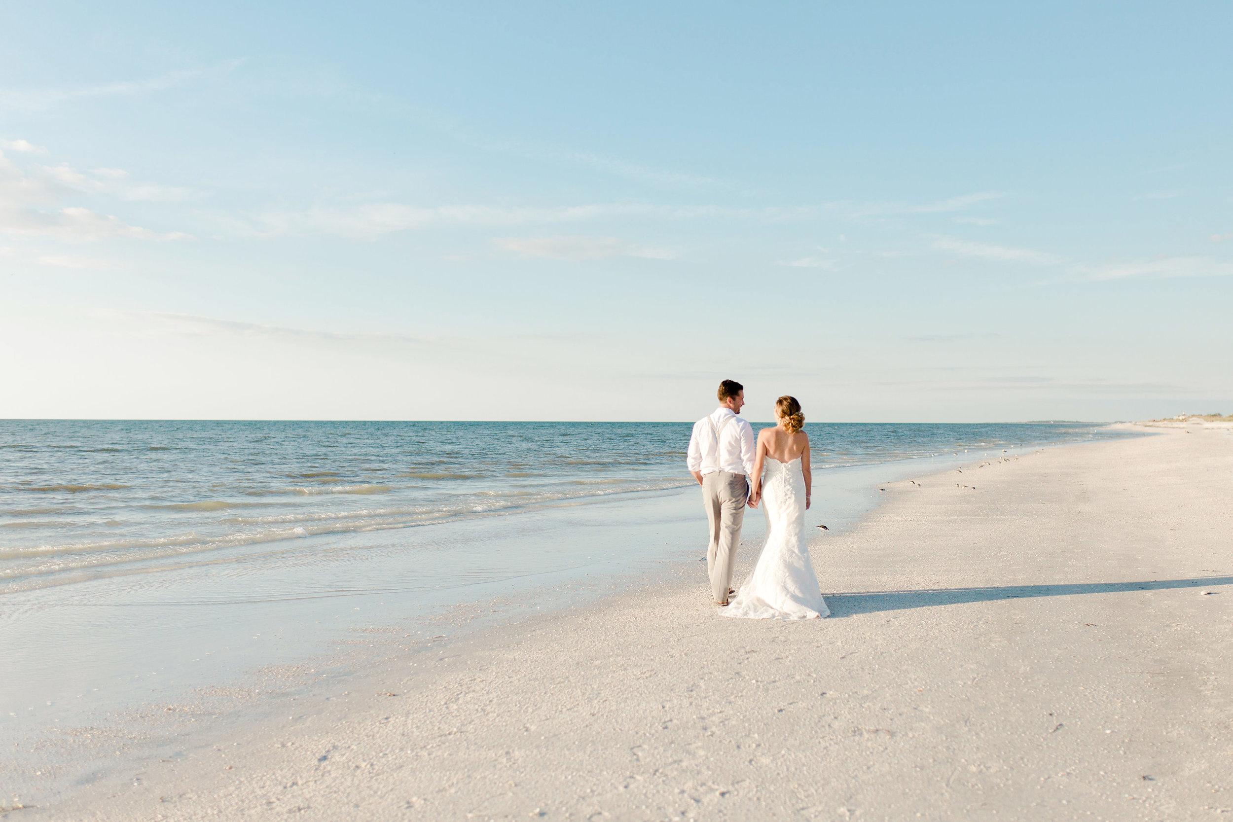 Erin-Jared-clearwater-beach-wedding-portraits-I58A5887.jpg