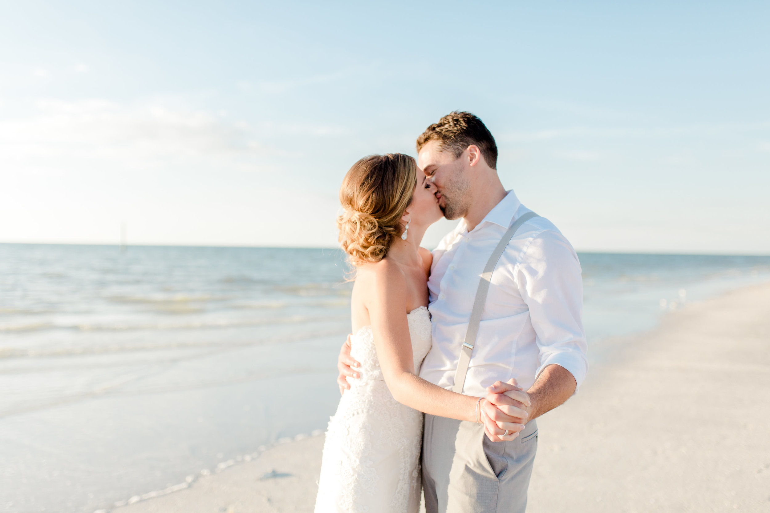 Erin-Jared-clearwater-beach-wedding-portraits-I58A5896.jpg