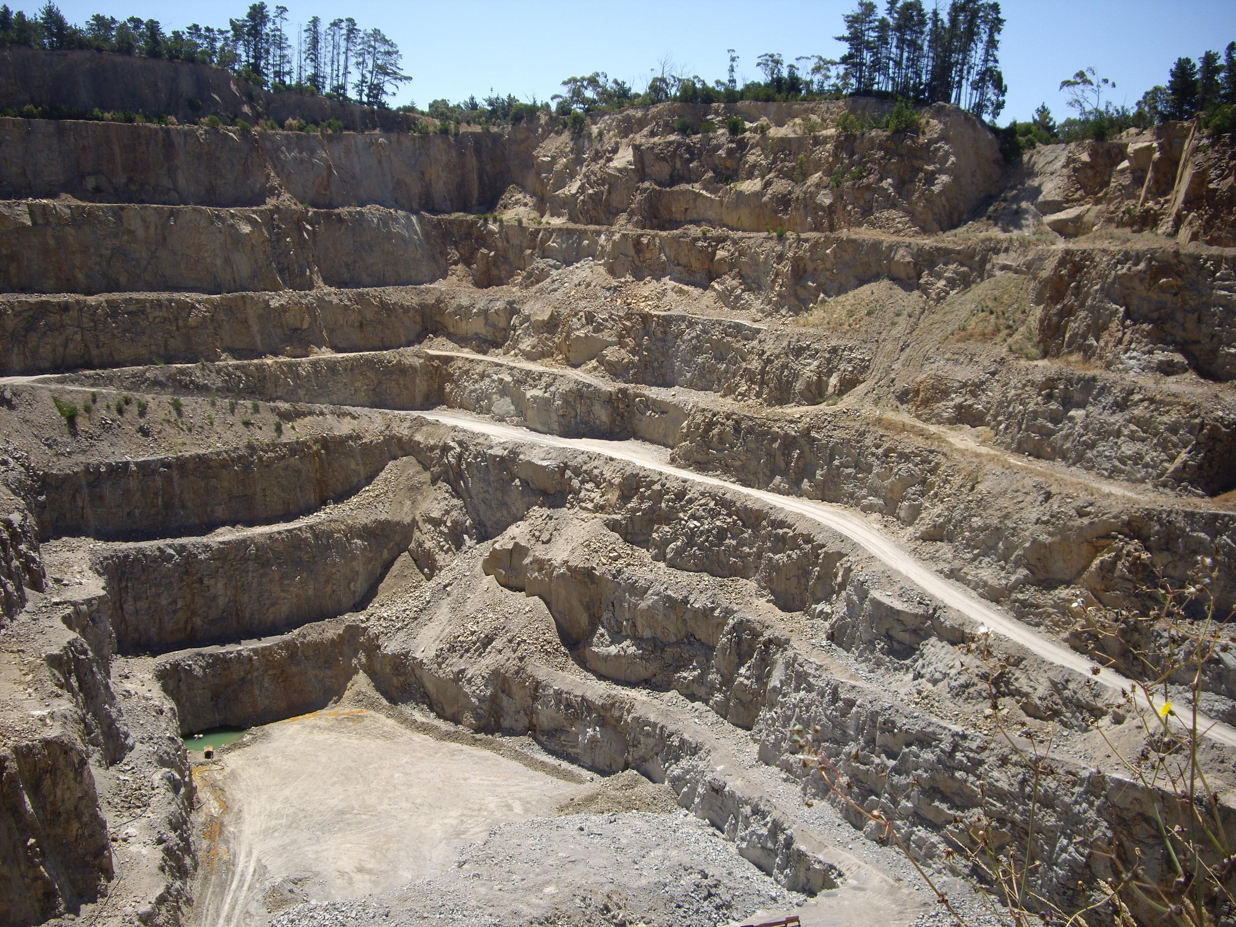 Hillview Excavator.jpg