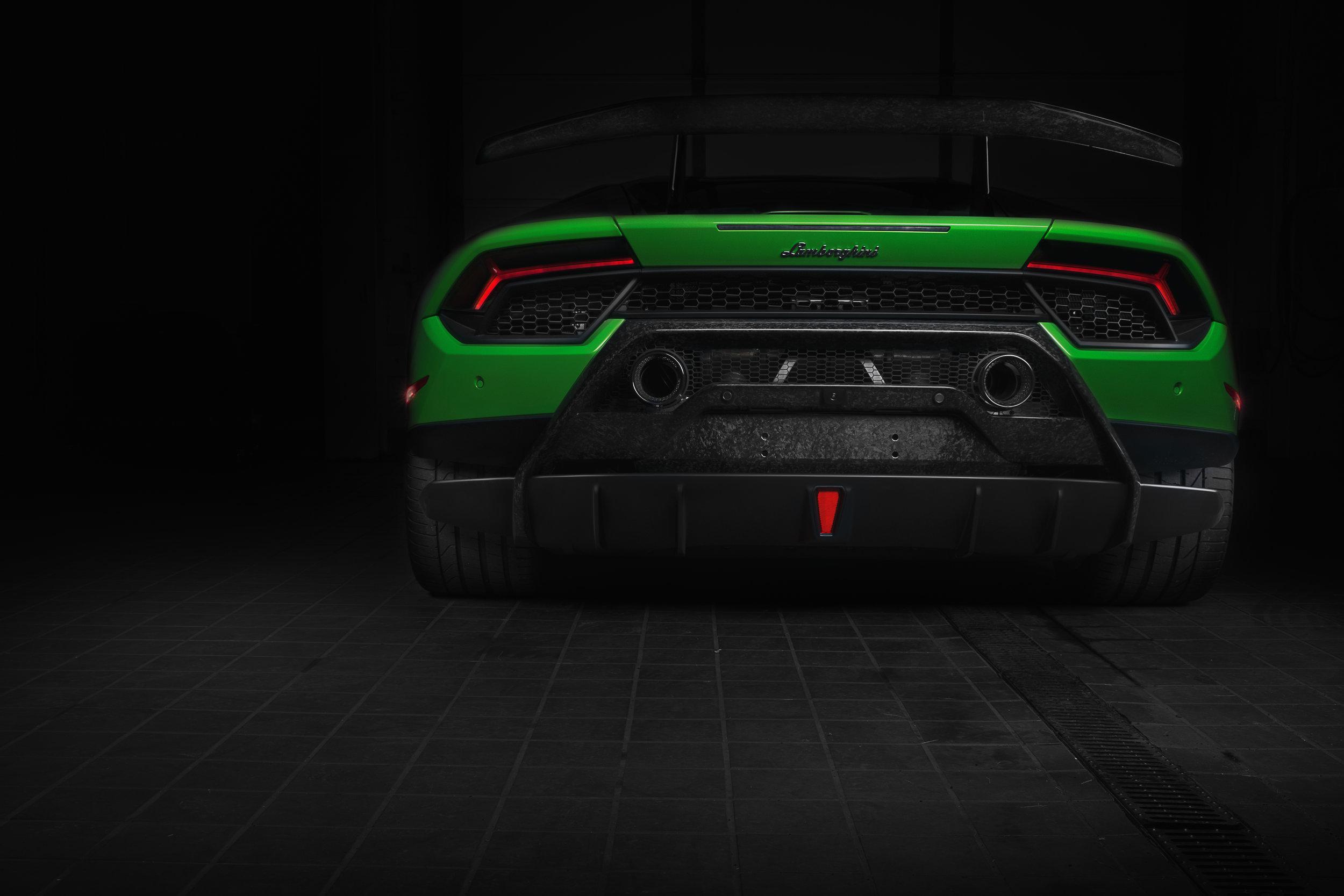 performante_rear2.jpg