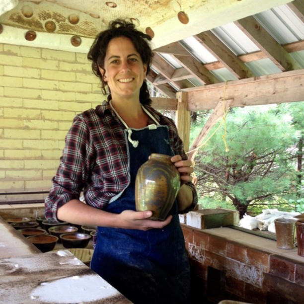 This coming Saturday October 5th we will host local potter Liza Fisher at our 6 State street shop for our next Guest Artist Appearance. The Art of Ellsworth:Maine Craft Weekend festivities kick off at noon and last until 6 pm.  Our city celebrates American Craft week in a real big way!⠀⠀⠀⠀⠀⠀⠀⠀⠀ •⠀⠀⠀⠀⠀⠀⠀⠀⠀ •⠀⠀⠀⠀⠀⠀⠀⠀⠀ •⠀⠀⠀⠀⠀⠀⠀⠀⠀ •⠀⠀⠀⠀⠀⠀⠀⠀⠀ #pottery #ceramics #handmade #clay #ceramic #art #craft #homedecor #design #wheelthrown #stoneware #instapottery #potter #interiordesign #handmadepottery #decor #visitmaine #contemporaryceramics #tableware #pottersofinstagram #artist #mainecraftweekend #heartofellsworth #glaze #pot #makergonnamake #potterystudio #shoplocal