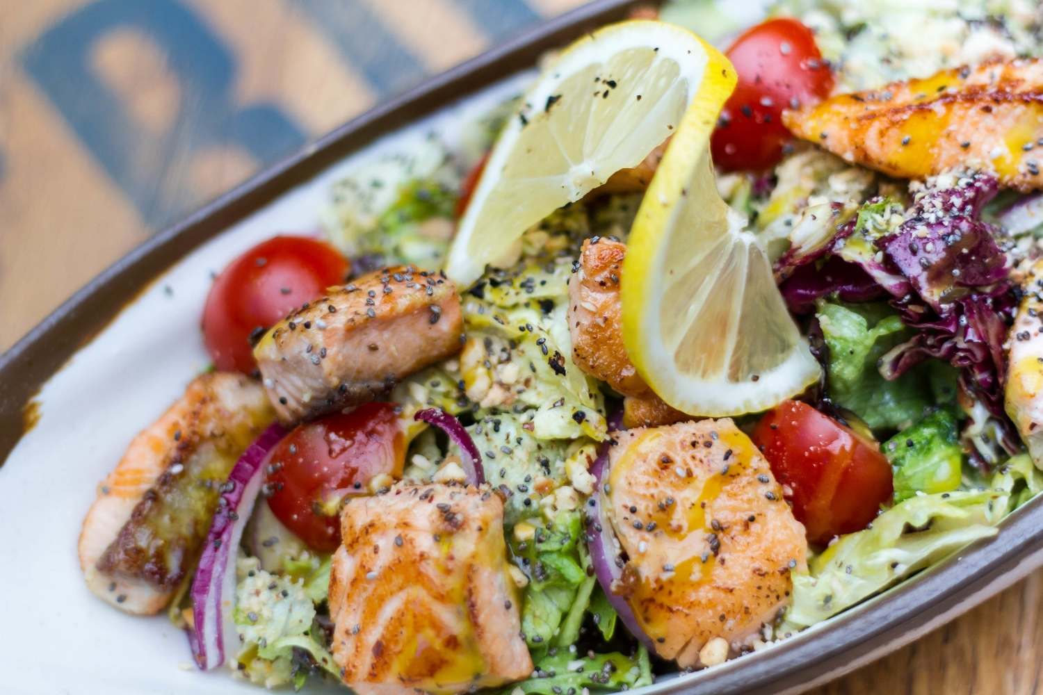 foodiesfeed.com_grilled-salmon-cubes-with-vegetables.jpg