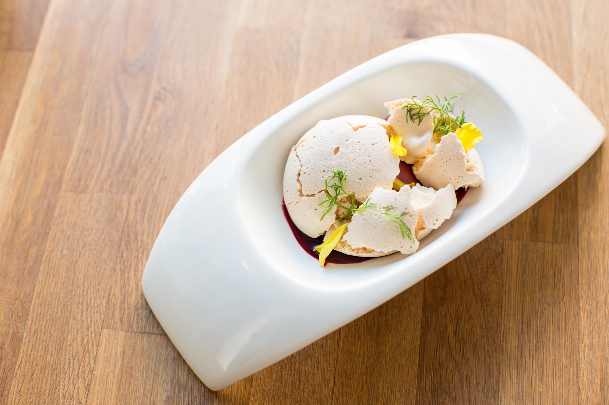 mountain huckleberry   vanilla meringue/yuzu/devilwood consomme