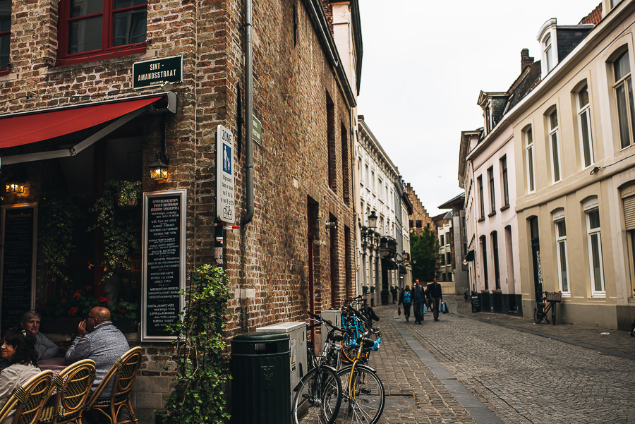 OurBeautifulAdventure-TravelBlog-Bruges-8114.jpg