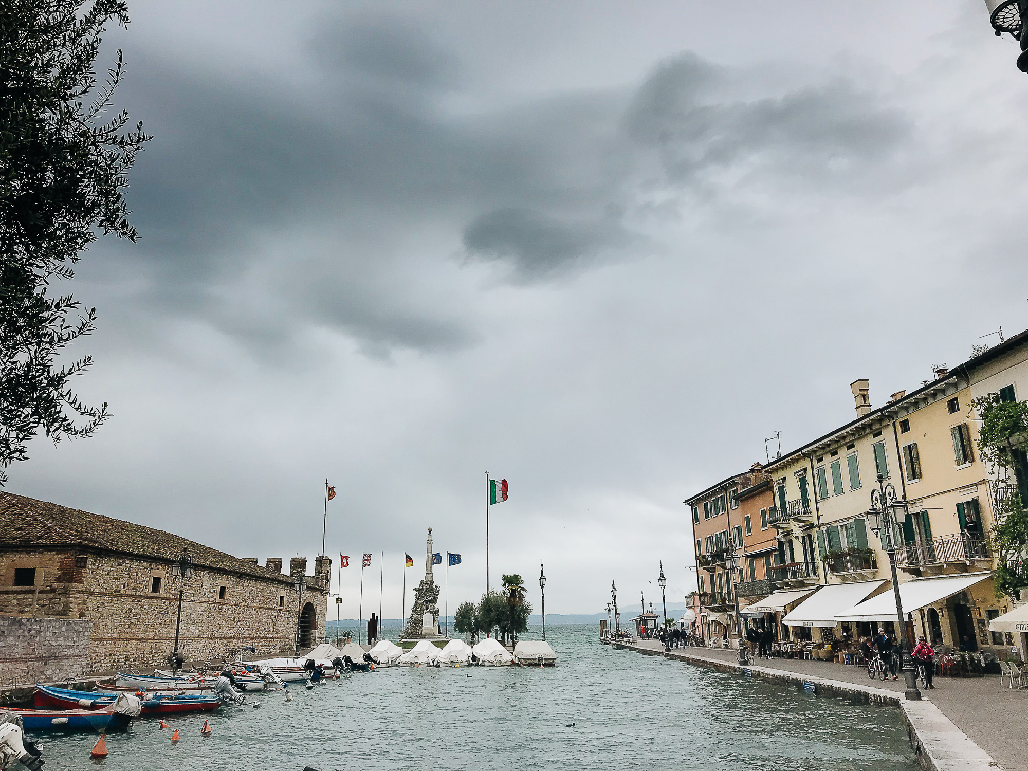 OurBeautifulAdventure-LakeGarda-Italy-Blog-6425.jpg