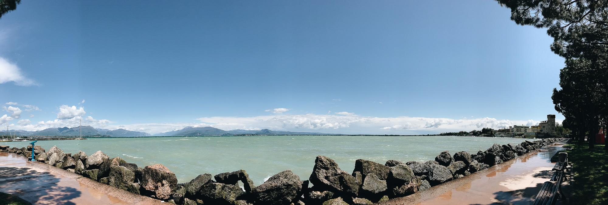 An iPhone Panorama photo of Deszensa.