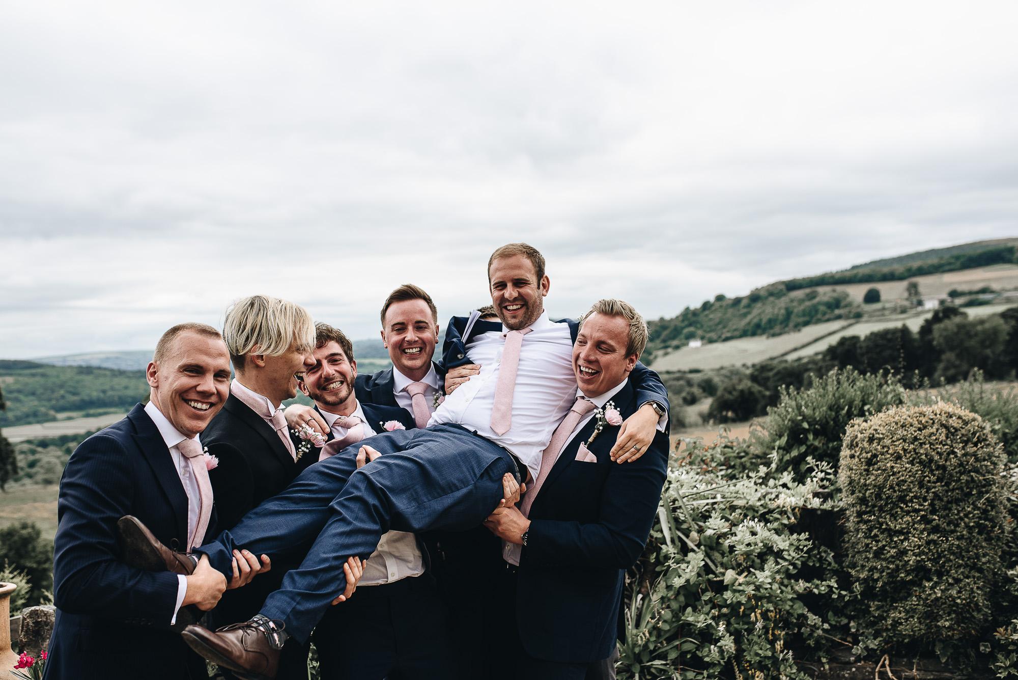 OurBeautifulAdventure-CardiffCastleWedding-Maddie&Joe-WeddingBlog-2337.jpg