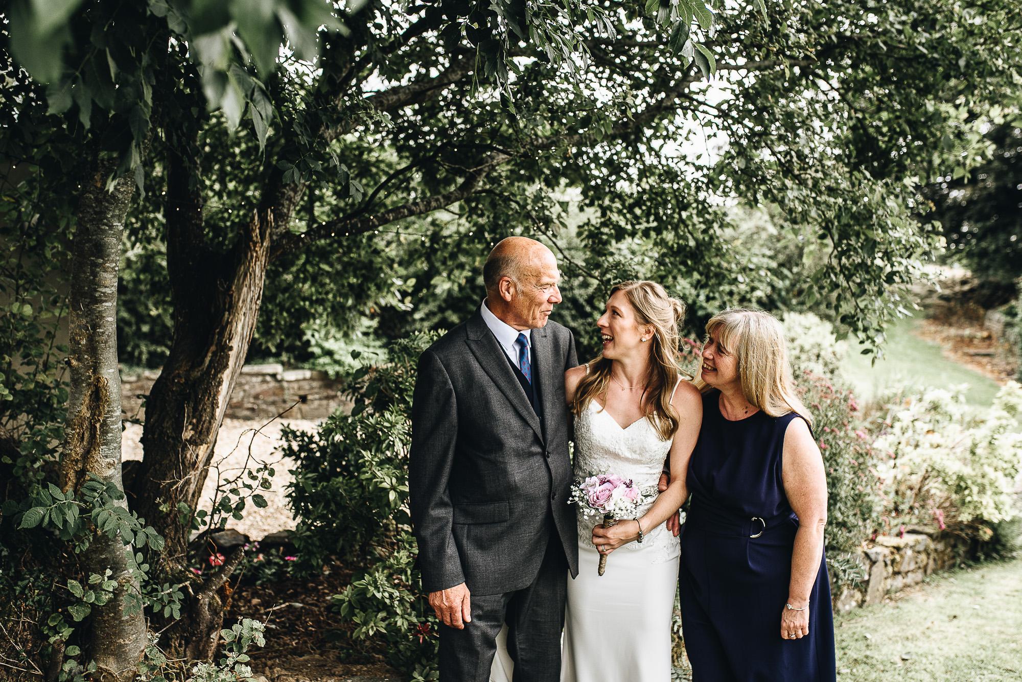 OurBeautifulAdventure-CardiffCastleWedding-Maddie&Joe-WeddingBlog-2399.jpg
