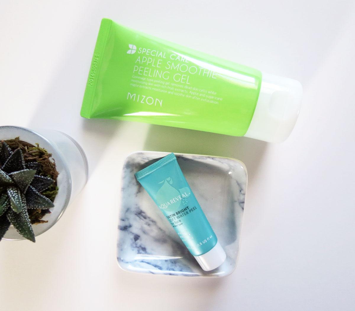 kelseybeauty-exfoliators-aqua-reveal-water-peel-mizon-apple-smoothie-peeling-gel.jpg