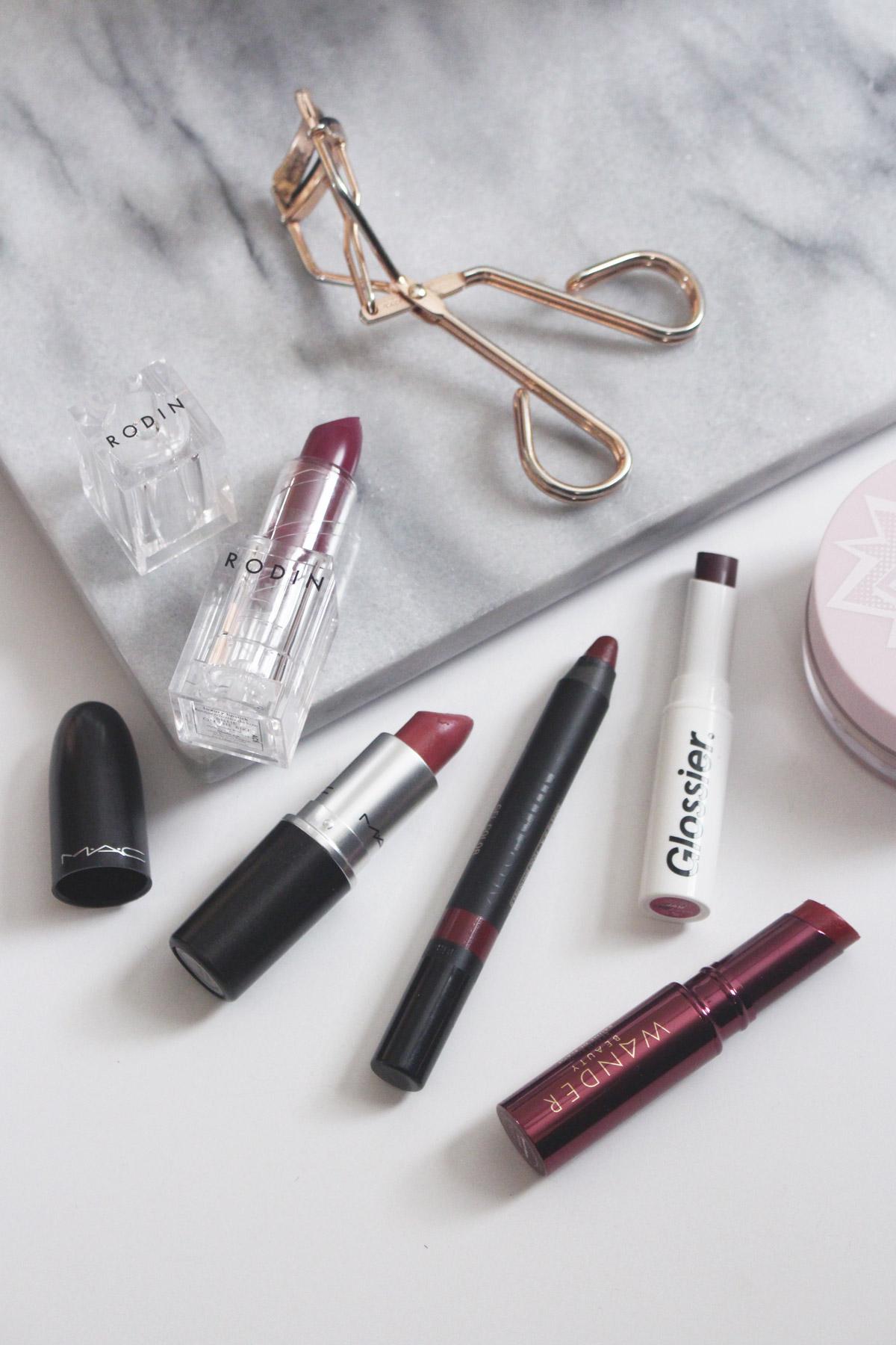 enhancing-minimal-makeup-lips.jpg