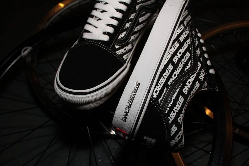"""VANS x Stay strong """"for life"""" old skool3"""