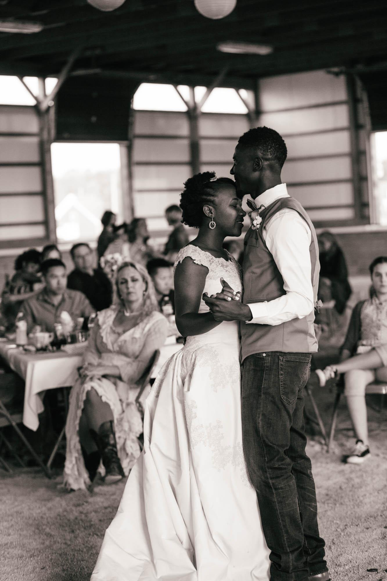 kentuckybarnwedding-2-7.jpg
