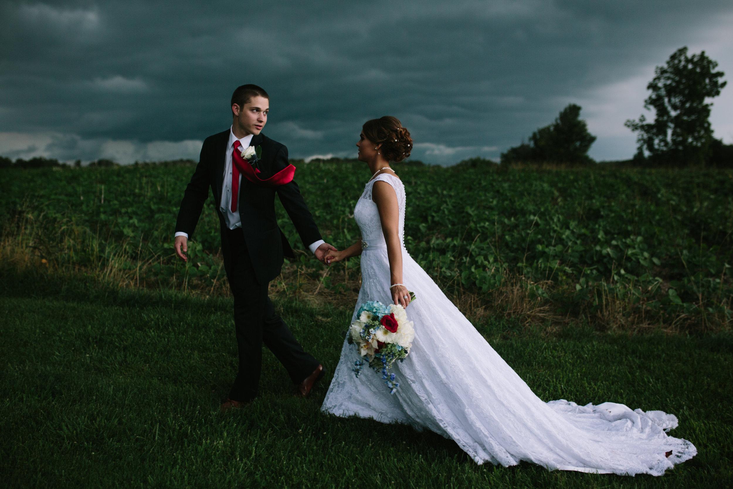 shelbyville.kentucky.farm.wedding.photographer-43.jpg