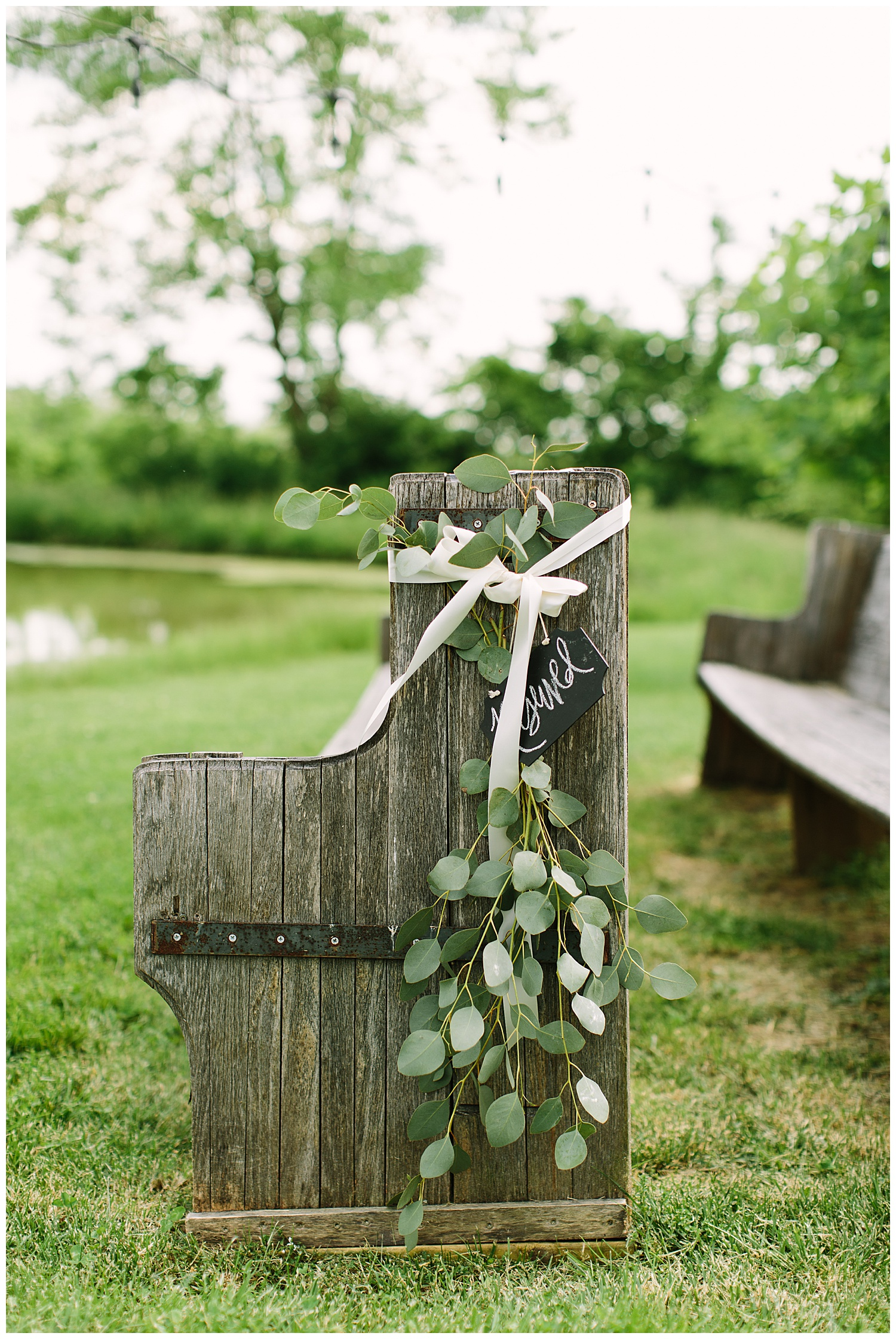 trent.and.kendra.photography.eden.springs.farmstead.shelbyville.wedding-46.jpg