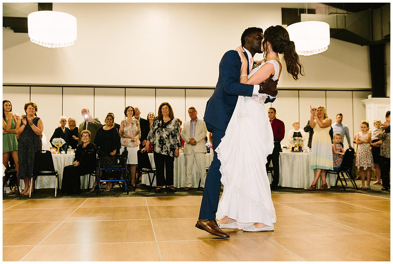 trent.and.kendra.photography.jeffersonian.louisville.wedding-126.jpg