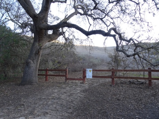 Marview Drive Trail Trailhead in Thousand Oaks