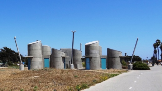 Speaking of restrooms, I've always been a bit puzzled by these odd shaped ones at San Buenaventura State Beach.
