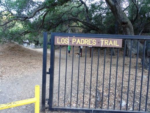 LosPadresTrail_trailhead.JPG