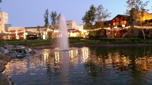 The Lakes at Thousand Oaks is really a beautiful, peaceful place, daytime and nighttime.