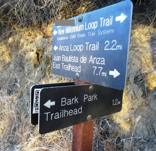 Trail sign at the junction of Bark Park Trail and New Millennium Loop Trail.
