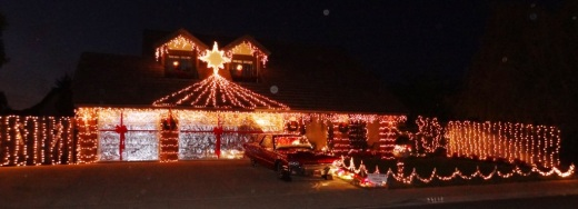 Christmas Lights In Camarillo 2021 Residential Holiday Lights And Decorations On Gemini Waverly In Camarillo Conejo Valley Guide Conejo Valley Events