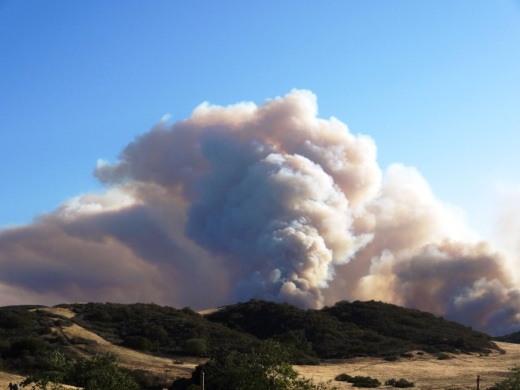 Smoke plume in Sycamore Canyon around 6:20PM