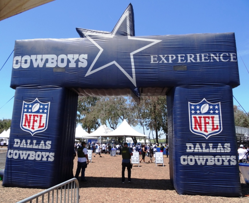 Dallas Cowboys Training Camp Schedule 2019 2019 Dallas Cowboys Training Camp in Oxnard in July and August
