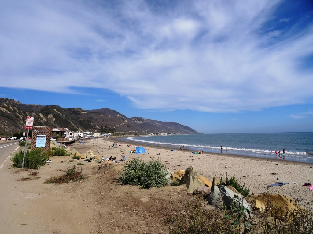 Mondos Beach area in Ventura, south of Faria, north of Solimar.